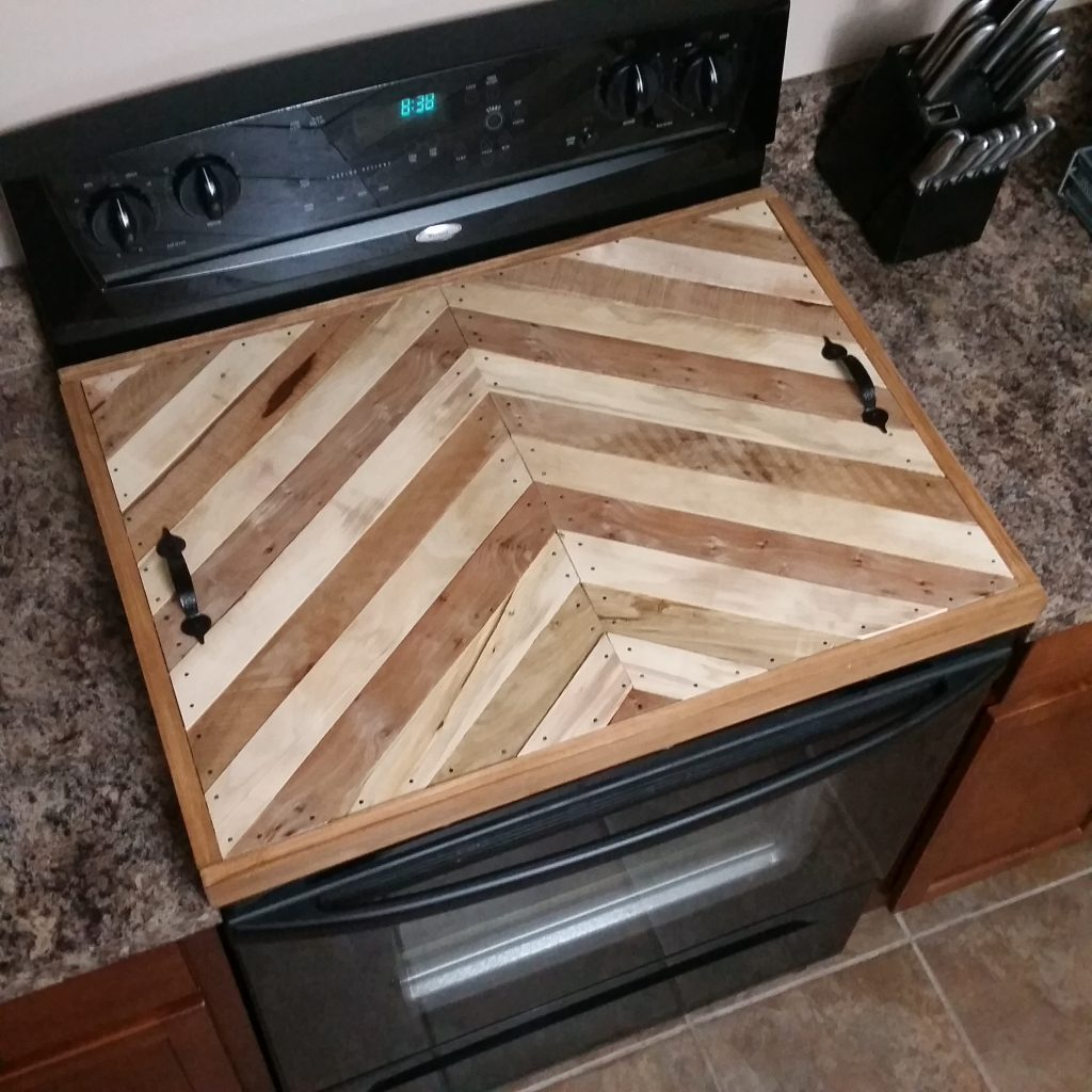 Palletwood Stove Top Cover Chevron Design
